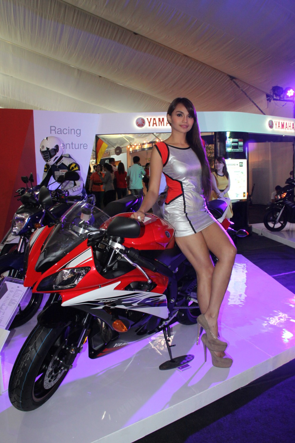 World Auto Sales >> The Girls of the 2014 Manila International Auto Show | Behikulo.com